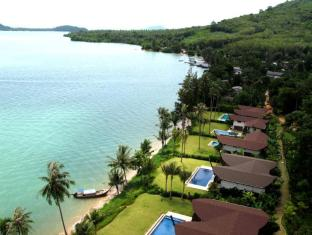 The Village Coconut Island Beach Resort Phuket - View