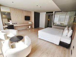 The Heritage Silom Hotel Bangkok - Heritage Suite