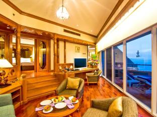 Royal Cliff Beach Hotel by Royal Cliff Hotels Group Pattaya - 2 Bedrooms Theme Suite Living Room