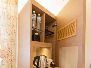 Bridal Tea House Hung Hom Winslow Hotel Hong Kong - Guest Room