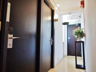 Bridal Tea House Hung Hom Winslow Hotel Hong Kong - Corridor