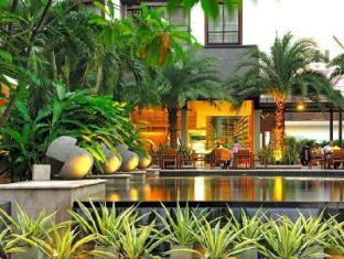 阿曼达酒店和公寓 曼谷 - 游泳池