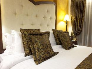 Hotel Celeste Manila - Suite Room