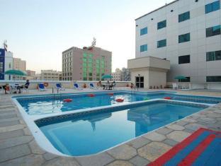 Ramee Baisan Hotel Manama - Baseinas
