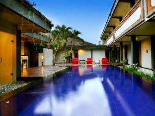 Hotel Yani Bali - Swimming Pool