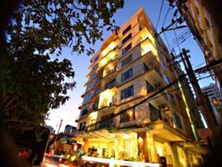 Royal View Resort Bangkok - Exterior