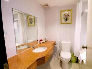 Royal View Resort Bangkok - Bathroom