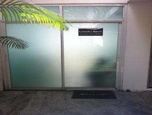 iCheck inn Sukhumvit Soi 2 Bangkok - Laundry Room