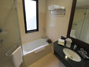 The Dawin Bangkok Hotel Bangkok - Superior-Bathroom