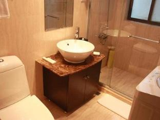 Belgravia All Suites Serviced Residence Shanghai - Bathroom