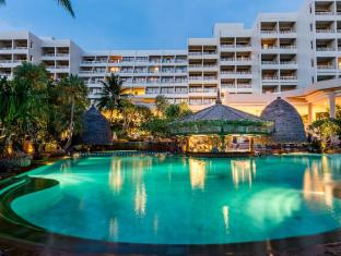 Moevenpick Resort & Spa Karon Beach Phuket Phuket - Main Pool