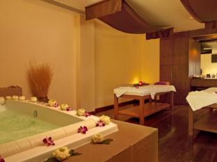 Le Meridien Phuket Beach Resort Phuket - Le Spa Jacuzzi Room