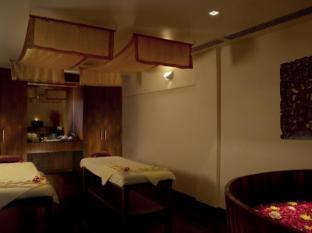 Le Meridien Phuket Beach Resort Phuket - Le Spa Treatment Room