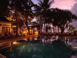 Patong Bay Garden Resort Phuket - Swimming Pool