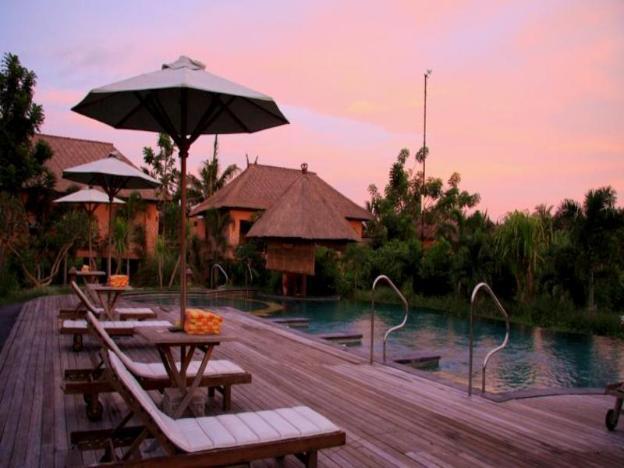 Mara River Safari Lodge Hotel