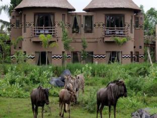 Mara River Safari Lodge Hotel Bali - Exterior