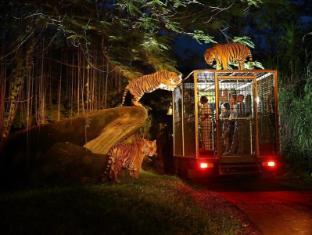 Mara River Safari Lodge Hotel Bali - Night Safari