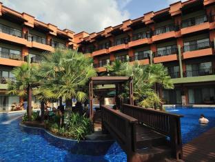 Patong Merlin Hotel פוקט - בריכת שחיה