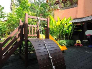 Patong Merlin Hotel Phūketa - Rotaļlaukums