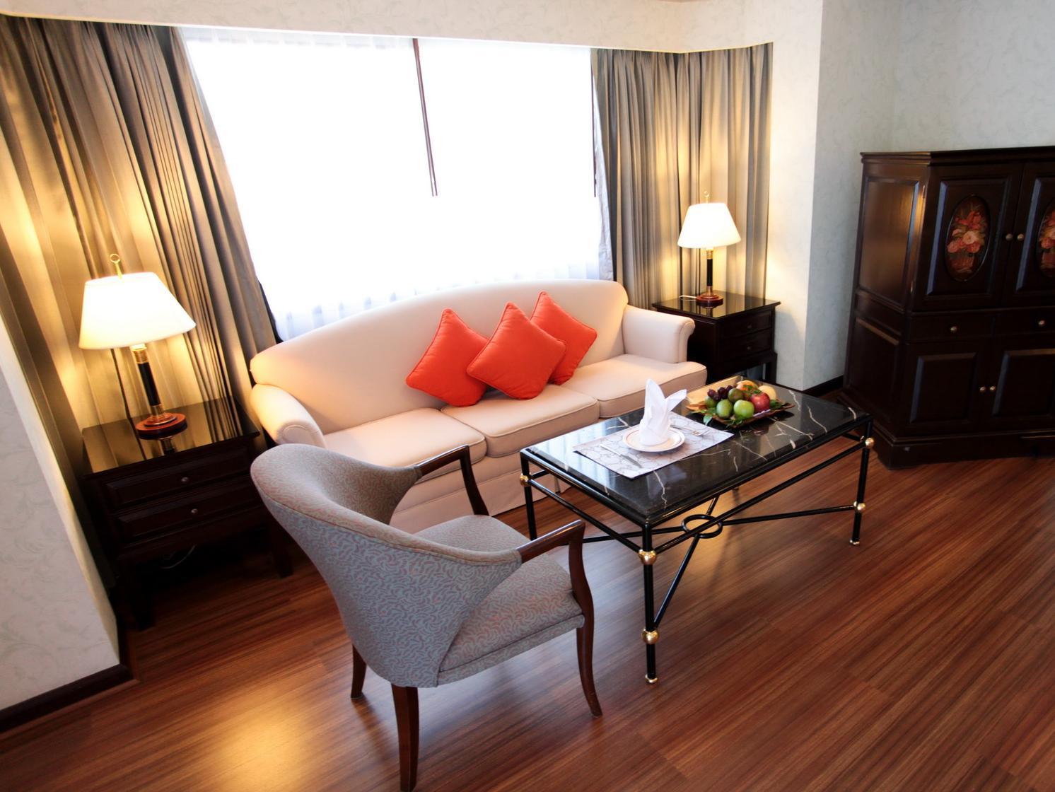 Patong Resort Hotel10