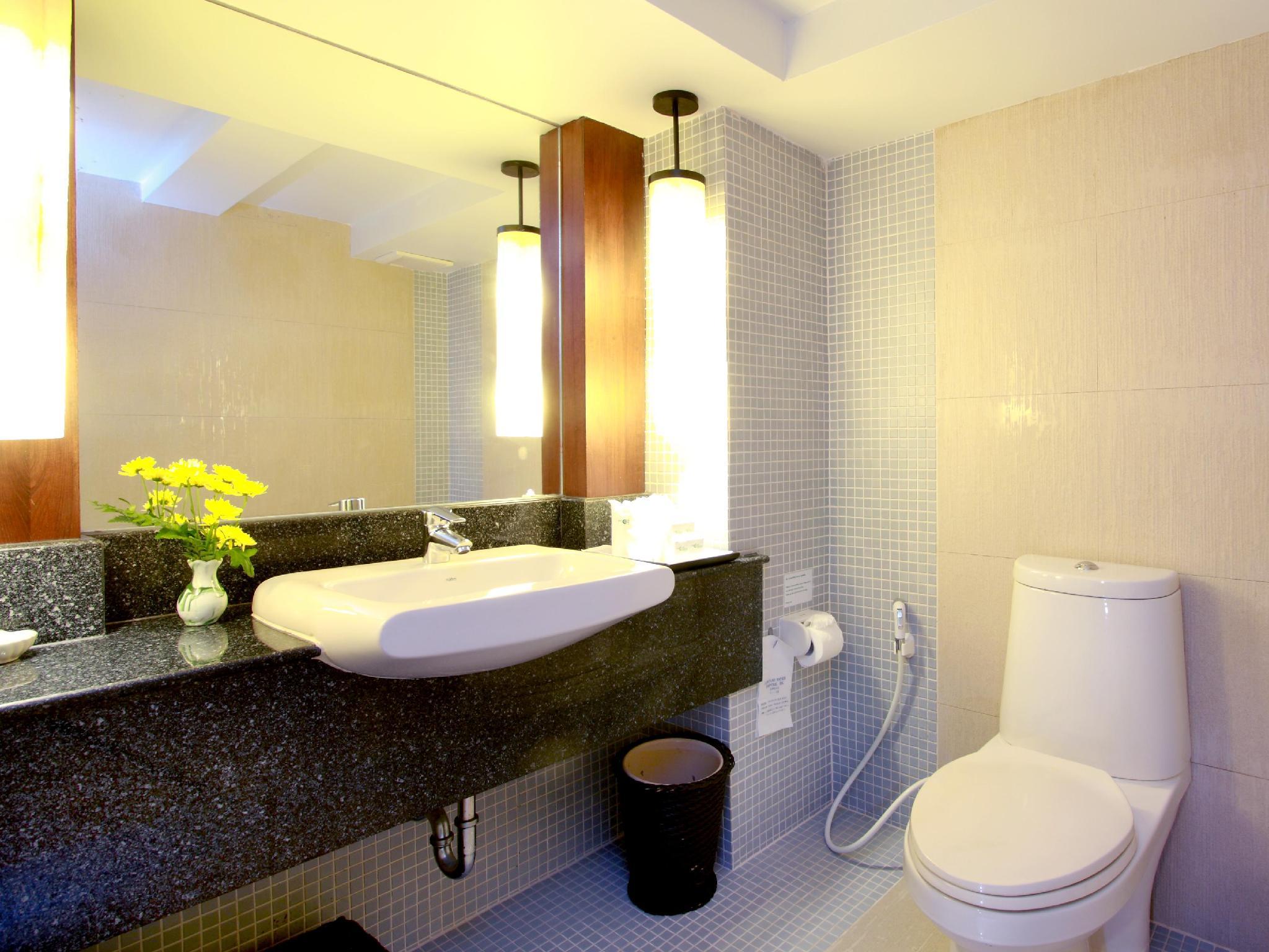 Patong Resort Hotel11
