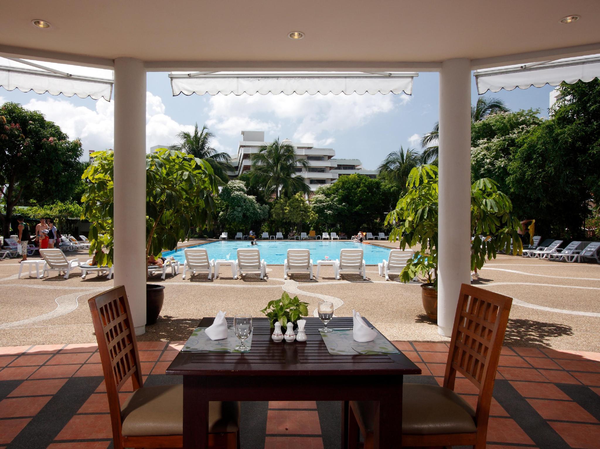 Patong Resort Hotel14