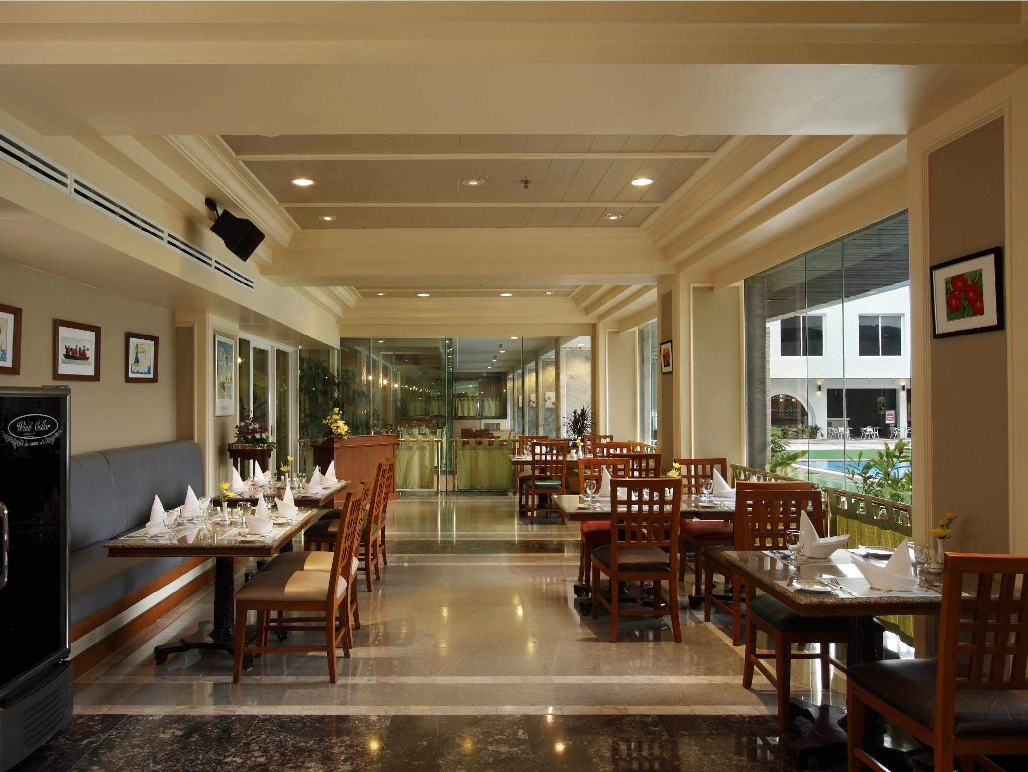 Patong Resort Hotel17