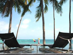 Sareeraya Villas & Suites Hotel Samui - Swimming Pool