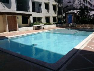 Lancaster Hotel Mactan Island - Swimming Pool