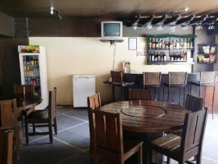 Lancaster Hotel otok Mactan  - Restoran
