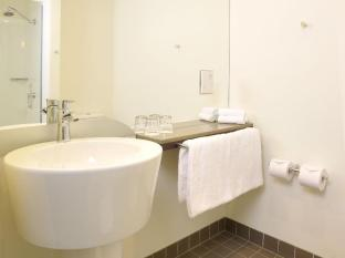 Ibis Melbourne Glen Waverley Hotel Melbourne - Bathroom