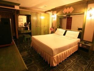 サーティンコインズタワーラチャダー 13 Coins Tower Ratchada Hotel