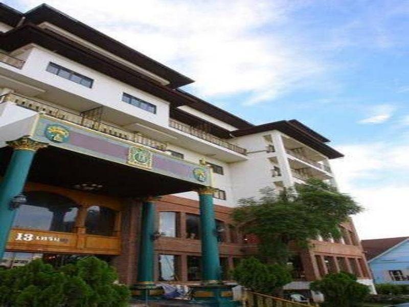 13 Coins Bang Yai Hotel - Nonthaburi