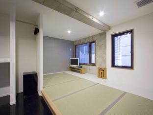 Shinjuku City Hotel N.U.T.S Tokyo Tokyo - Modern Japanese room with tatami