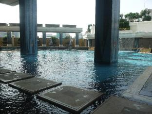 新葡京酒店 澳门 - 游泳池