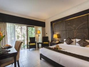 Amora Beach Resort Phuket - Superior