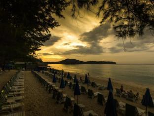 Amora Beach Resort Phuket - at Beach on Evening