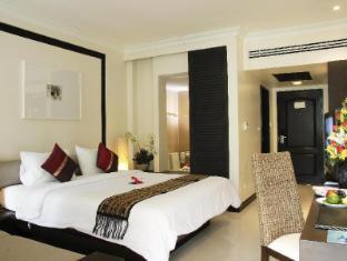 Thara Patong Beach Resort & Spa Phuket - soba za goste