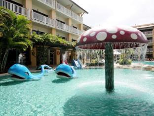 Thara Patong Beach Resort & Spa Phuket - bazen