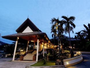 Thara Patong Beach Resort & Spa Phuket - vhod