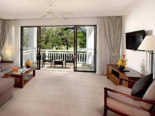 Allamanda Laguna Phuket Serviced Apartments Phuket - Living Room