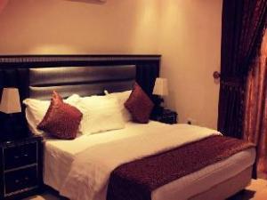 Happy Beach Sultan Compound Hotel