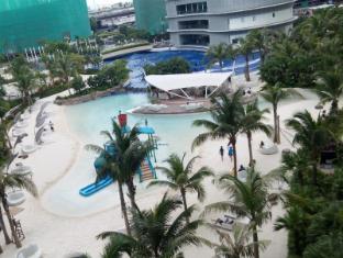 Azure Beach Resort Apartments