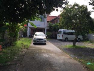 Roong Aroon Phuket Homestay