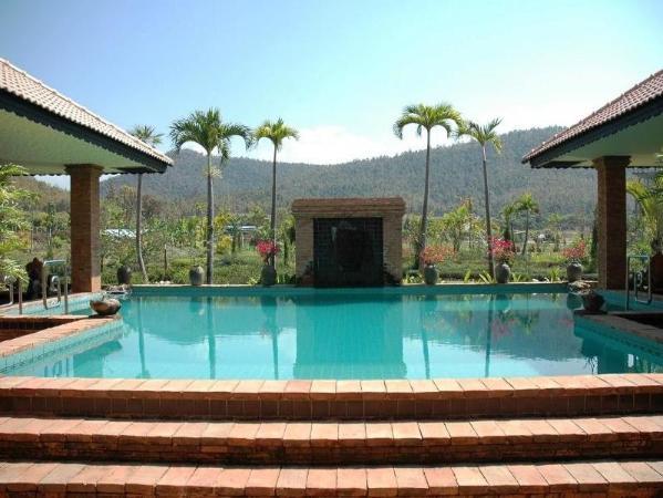 1 Bedroom Deluxe Garden Apartment 1 Chiang Mai