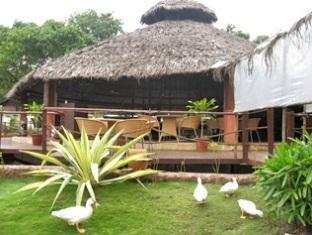 Country Club De Goa Hotel North Goa - Restaurant Exterior