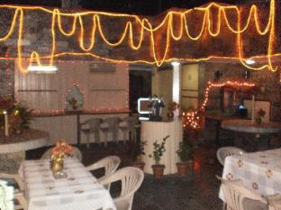 Hotel Lals Haveli New Delhi and NCR - Rooftop - Restaurant