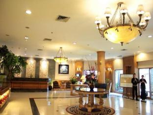 The Majesty Business and Family Hotel Bandung - Lobby