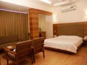 โรงแรม คานัค (Hotel Kanak)