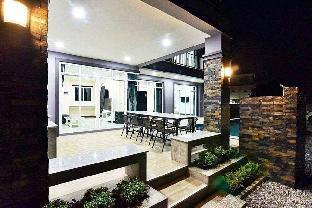 [ホアヒン市内中心地]ヴィラ(200m2)| 5ベッドルーム/5バスルーム Modern spacious 5BR pool villa l 16 pax - VVH27